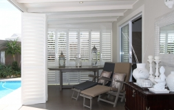 S-CRAFT-Aluminium-Shutters-Outside-Satin-White